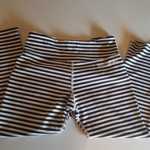 Past Parallel crop leggings